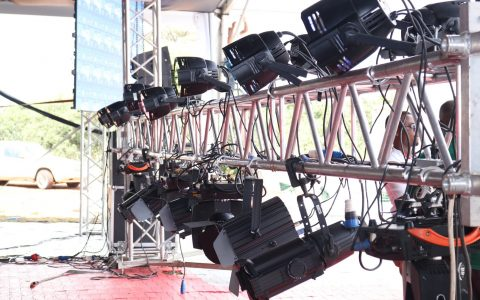 Event-Lights-on-Truss-1